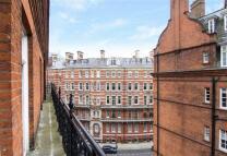 Kensington Gore Flat to rent