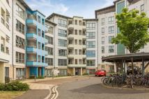 Flat for sale in 9/3 Dock Street...