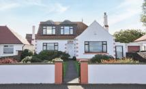 Detached Bungalow for sale in 35 Links Road...
