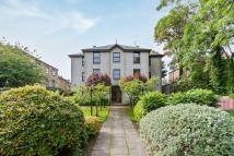 2 bed Flat in 258/4 Portobello High St...