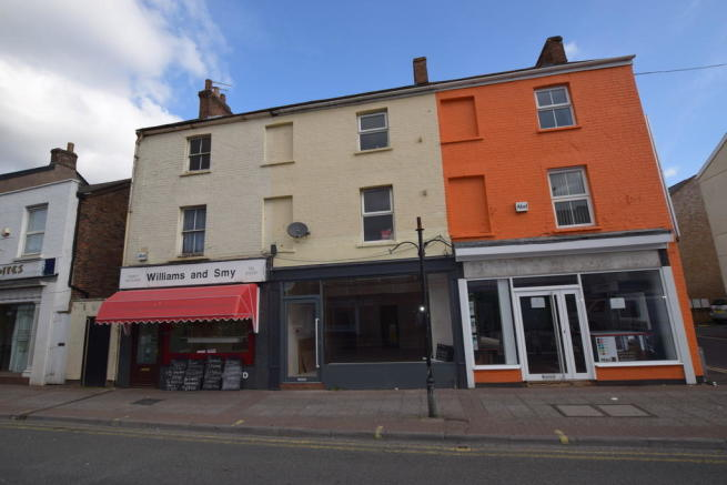 2 bedroom commercial property to rent in east reach