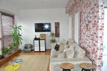 1 bedroom Flat in 1 bedroom Top Floor Flat...