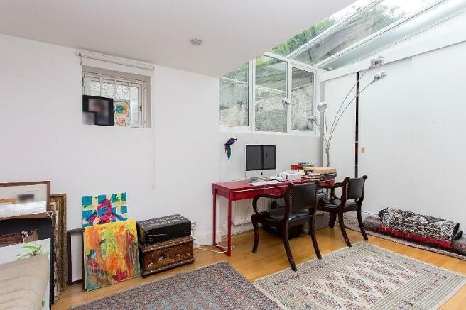 Bedroom 3/Family Roo