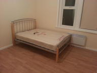 Studio apartment in Philip Lane, London, N15