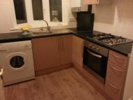 Flat in DOUGLAS ROAD, London, E4