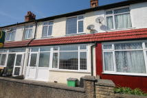 3 bed Terraced property in Churchfields Road...