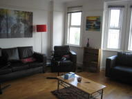 2 bed Flat in Willesden Lane, London...
