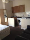 Flat in Green Lanes, London, N13