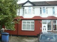 Flat in Fairbrook Close, London...