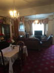 3 bed house in Lowden Road, London, N9