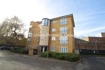 2 bedroom Apartment to rent in Eastway, Hackney