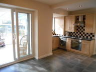 3 bed semi detached house in DERWENT AVENUE, Derby...