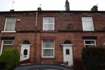 2 bed property to rent in Hayward Street, Bury