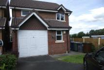 3 bed property in Rose Grove, Bury