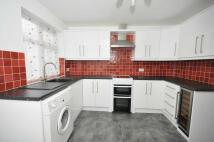 3 bedroom Detached Bungalow in 271 Chesterfield Road...