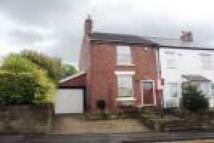 2 bedroom property in Mottram Old Road...