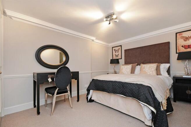 1 HHFJ bedroom 2.jpg