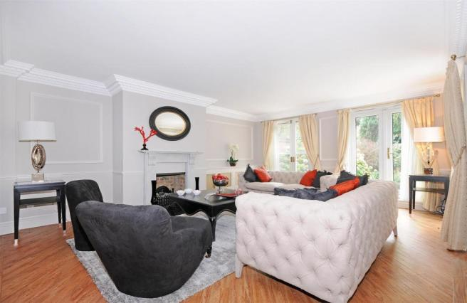 1 HHFJ living room.j