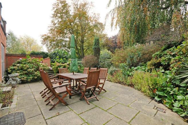 1 HHFJ garden.jpg