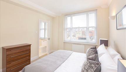 Flat 54 Bed.jpg