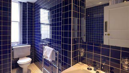Flat 47 Bathroom.jpg