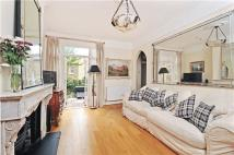 2 bedroom Maisonette for sale in Seymour Road, London...