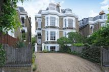 5 bed semi detached house in West Hill Road, London...