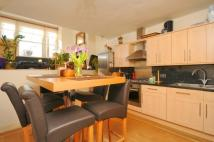 2 bed Flat in Gartmoor Gardens, London...