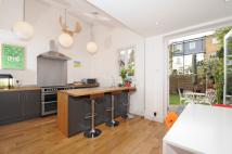 5 bed Terraced house in Braemar Avenue, London...