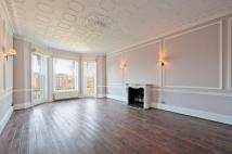 3 bedroom Apartment to rent in Holland Park, W11