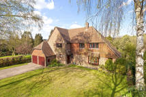 4 bed Detached house in Town Hill, West Malling...