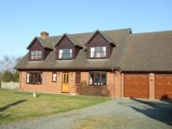 Detached home in Crabtree Green...