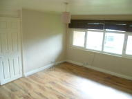 Flat to rent in Archers Way, Chelmsford...