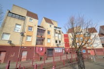 Broomlands Gate Flat for sale