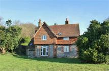 4 bedroom Detached property to rent in Leech Lane, Headley...