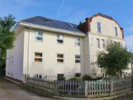 3 bed Flat to rent in Temple Road, Epsom...