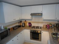 Flat to rent in Griffiths Road...