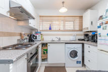 1 bed Flat in Griffiths Road...