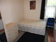 Studio flat in Church Road, London, SE19