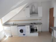 Studio flat in The Crescent, Croydon...