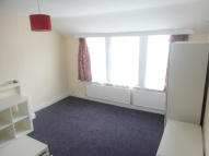 Studio flat to rent in SALFORD ROAD...