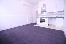 Studio flat to rent in Gleneldon Road...