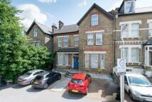 Birdhurst Road Studio flat to rent
