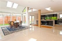 6 bedroom new home in Beaconsfield Road...