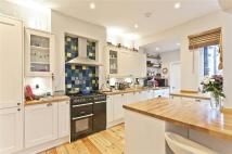 4 bed semi detached property to rent in Villiers Avenue...