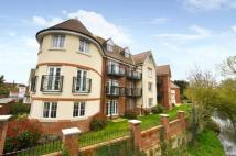 Flat for sale in Coopers Wharf...