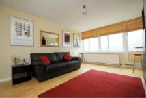 Flat to rent in Claverton Street...