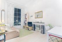 Flat to rent in Berrington Close...