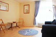 3 bedroom Flat to rent in Robin House...