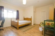 Apartment to rent in Barnwood Close...